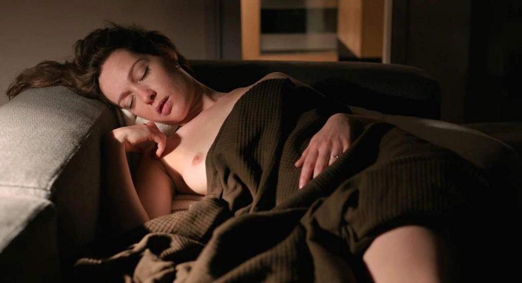 Cristiana Capotondi Nude – Tommaso (4 Pics + GIF & Video)