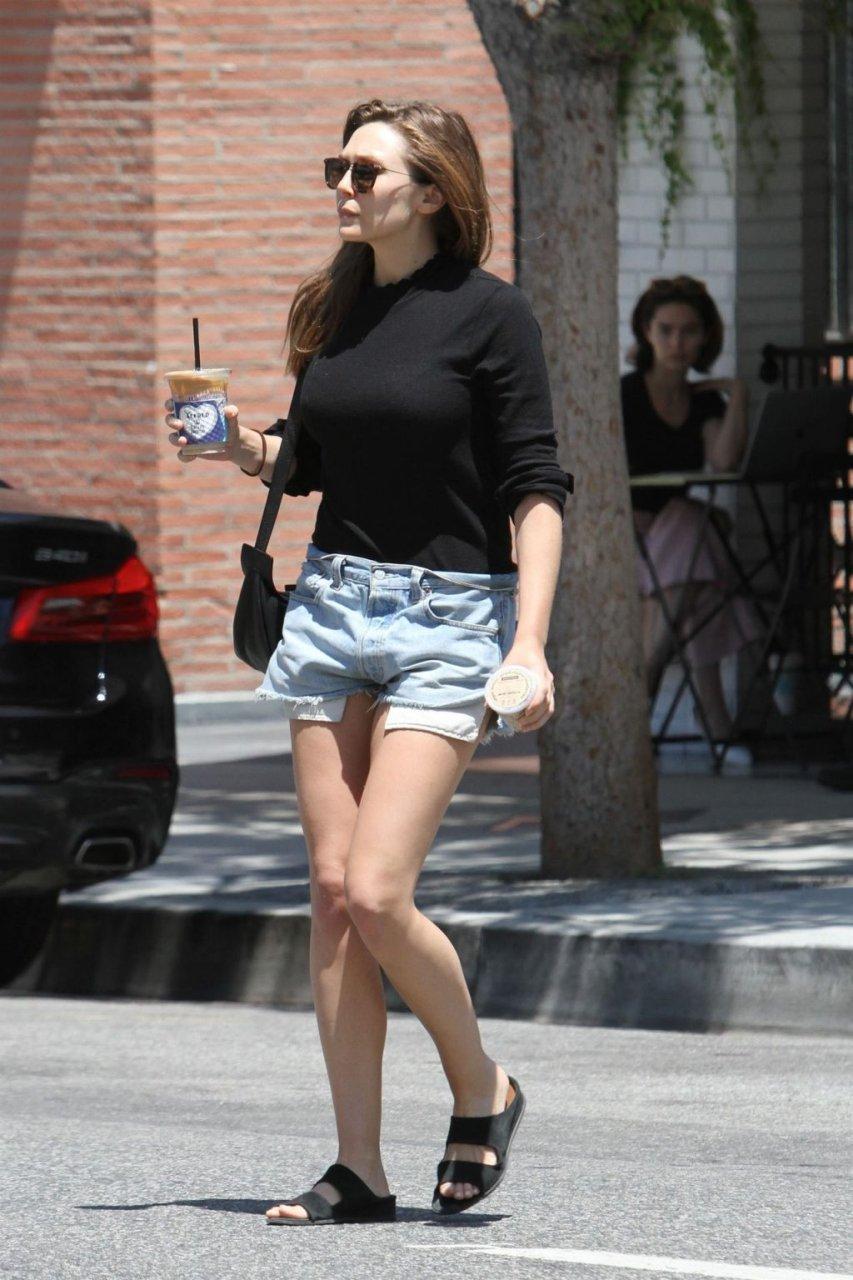Elizabeth Olsen Sexy (46 Photos)