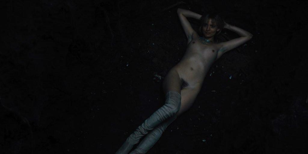 Gaite Jansen Nude – Jett (3 Pics + GIF & Video)