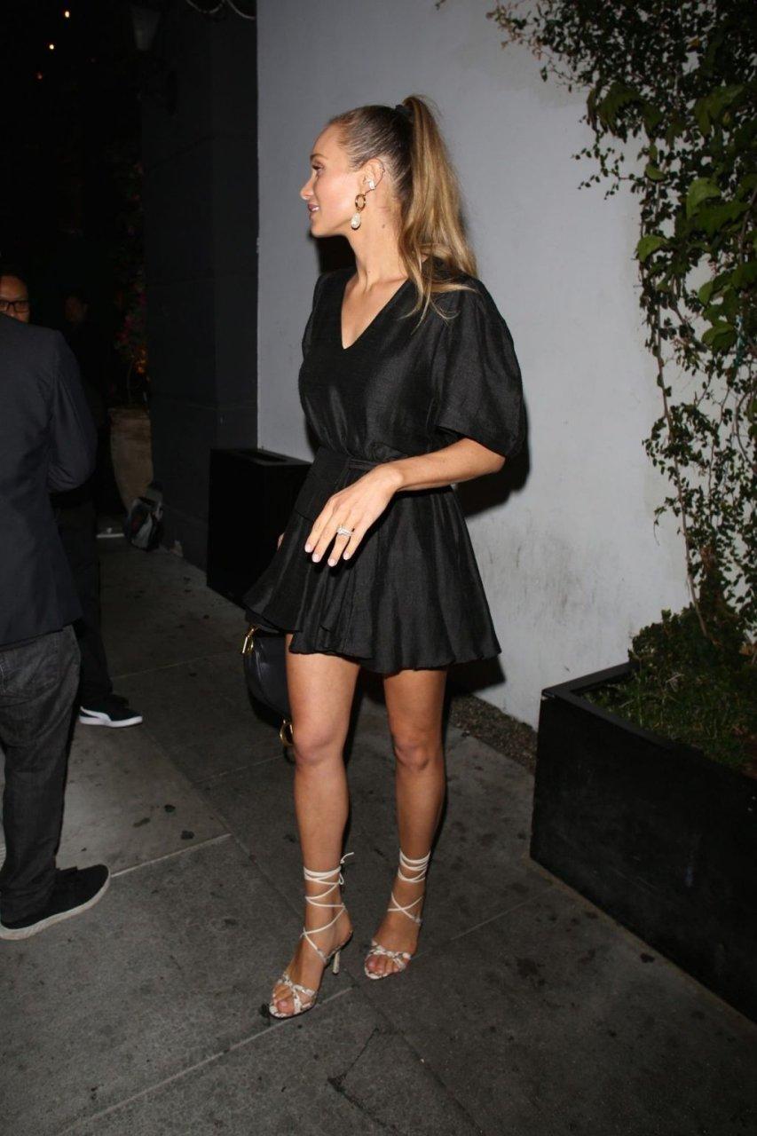 Hannah Jeter Sexy (16 Photos)
