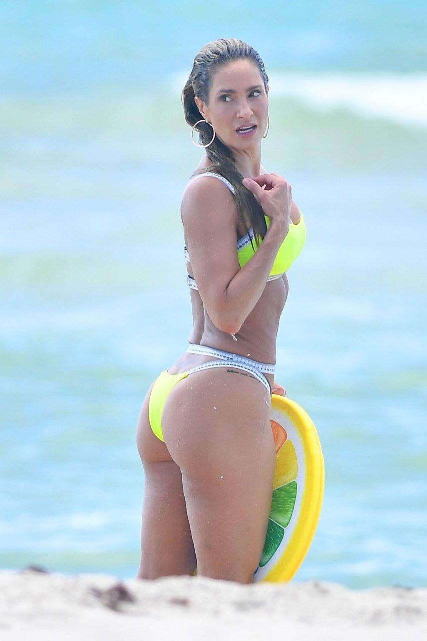 Jennifer Nicole Lee Sexy (46 Photos)