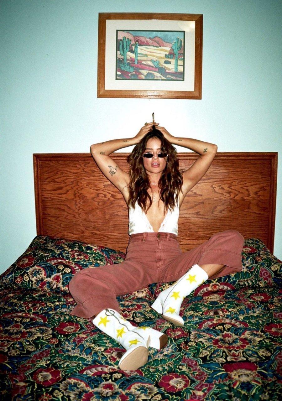 Jessica Lee Buchanan Nude & Sexy (46 Photos)