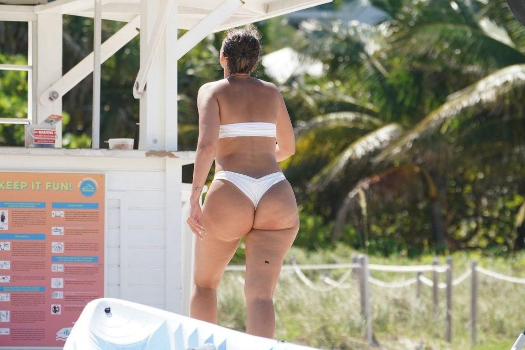 Julieanna Goddard Sexy (11 Photos)