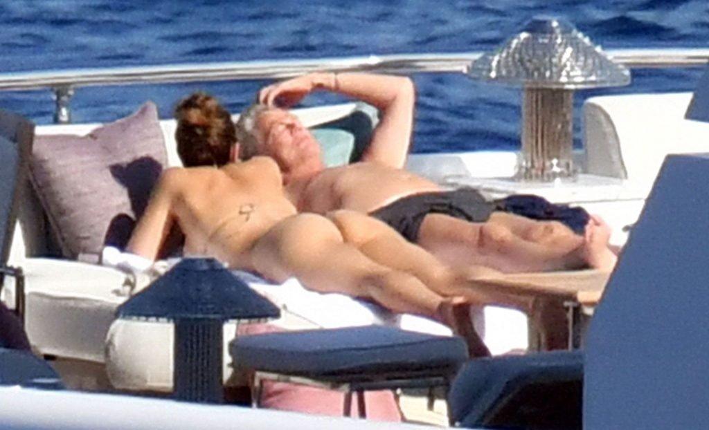 Katharine McPhee Nude & Sexy (39 Photos)