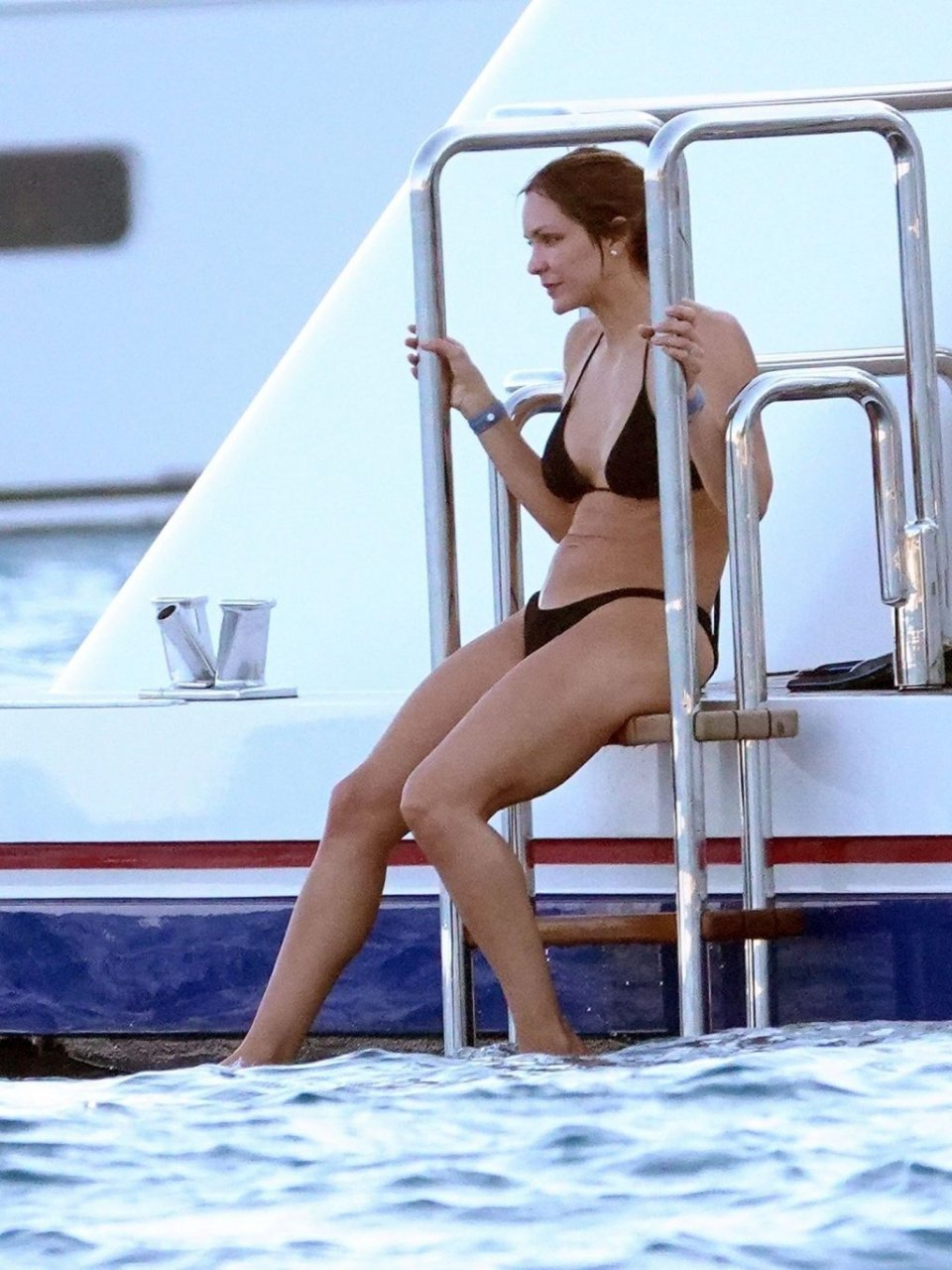 Katharine McPhee Nip Slip & Sexy (34 Hot Photos)