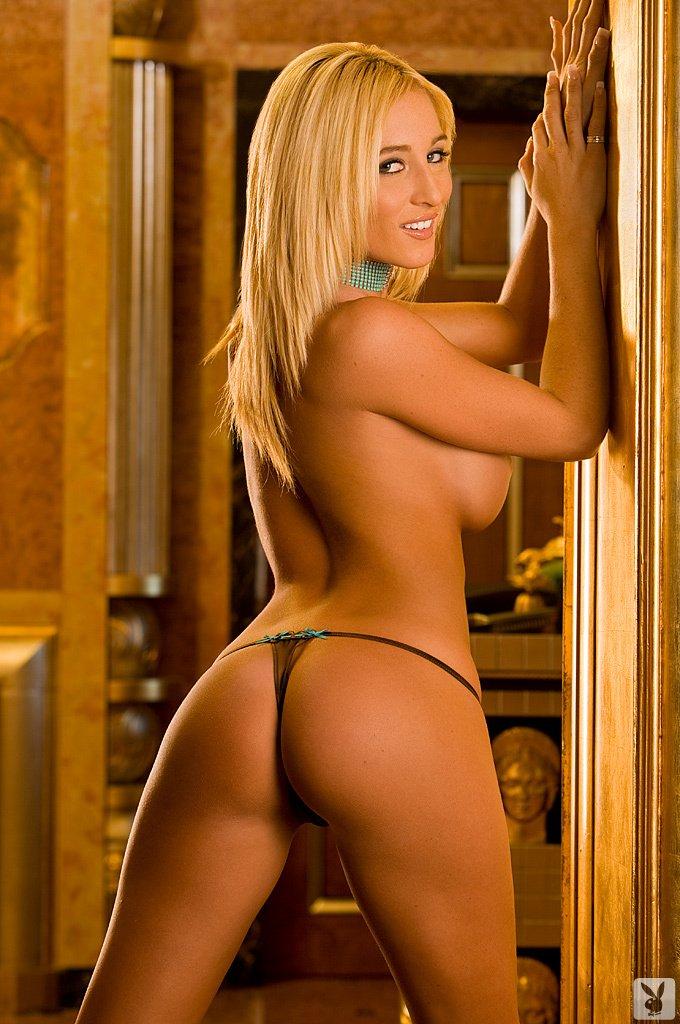 Kyla Ebbert Nude (20 Photos)