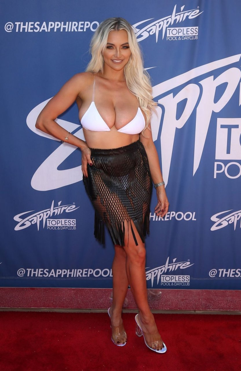 Lindsey Pelas Sexy (47 Hot Photos)
