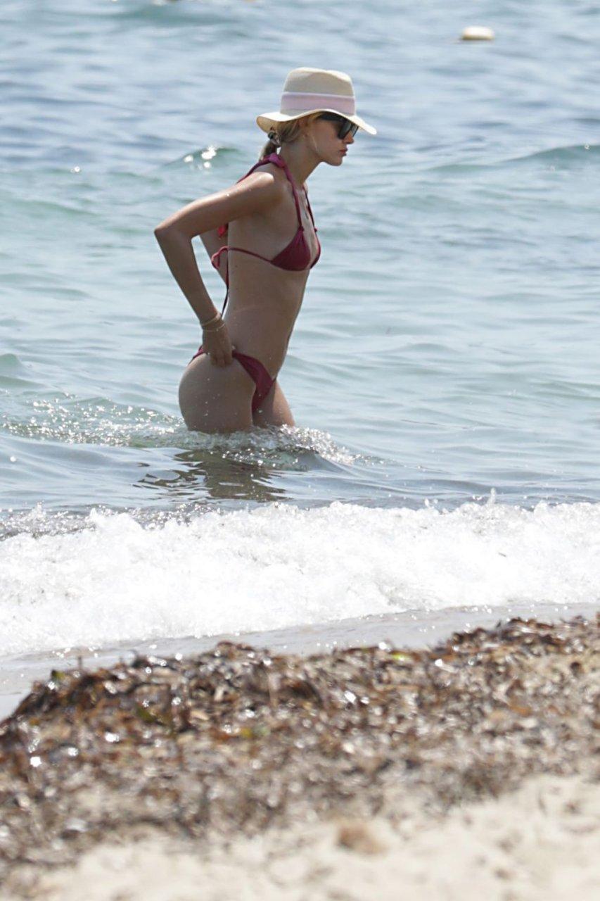 Mandy Bork Sexy (21 Photos)
