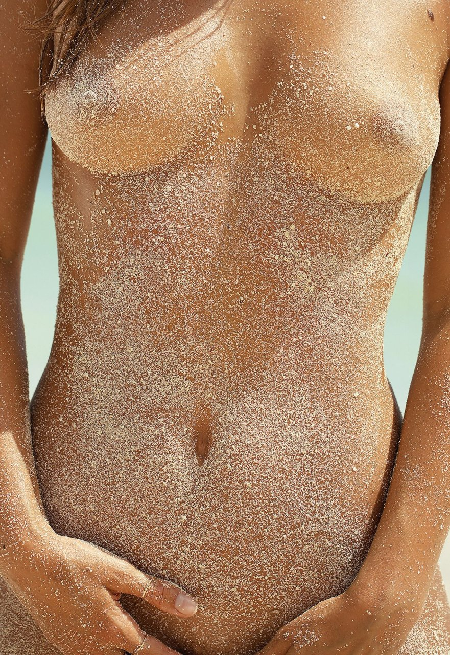Marisa-Papen-Nude-Sexy-TheFappeningBlog.com-1.jpg