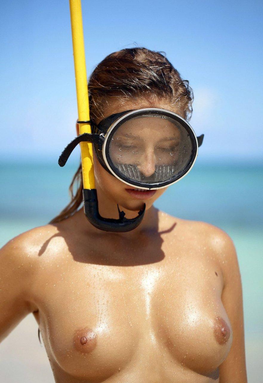 Marisa-Papen-Nude-Sexy-TheFappeningBlog.com-11-1024x1487.jpg