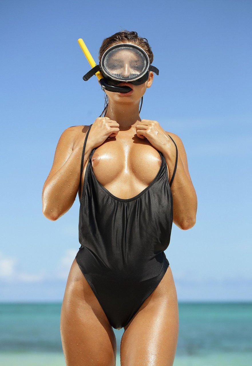 Marisa-Papen-Nude-Sexy-TheFappeningBlog.com-13.jpg