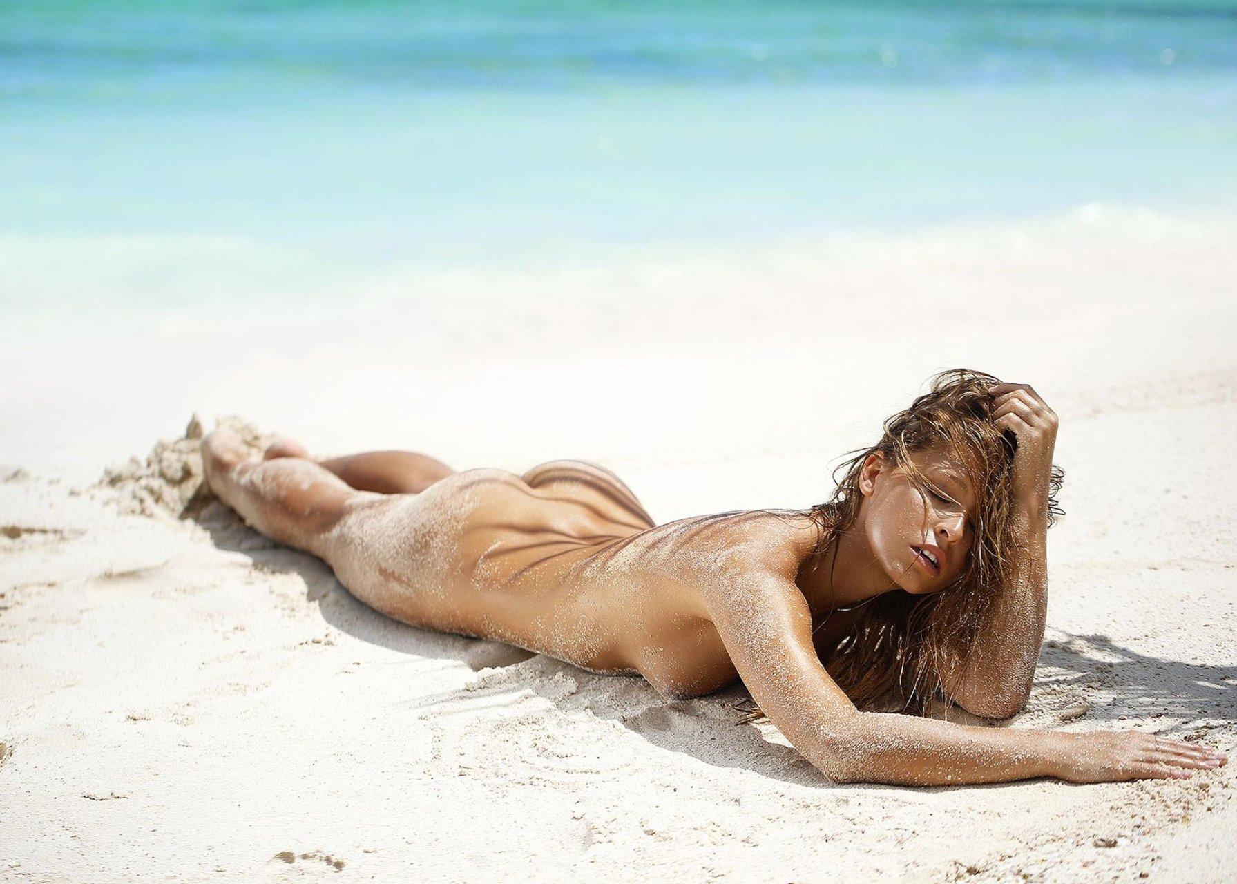 Marisa-Papen-Nude-Sexy-TheFappeningBlog.com-8.jpg