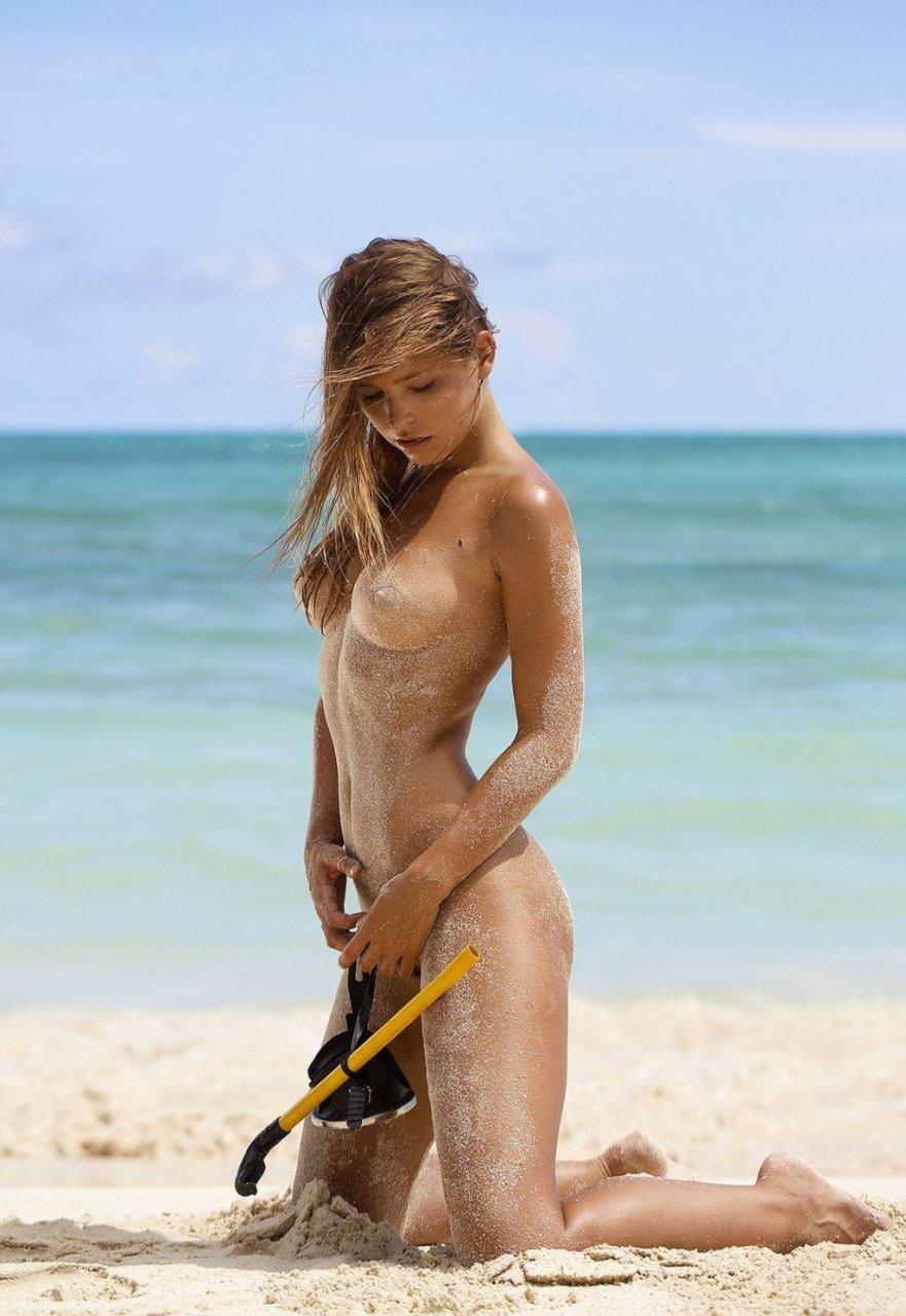 Marisa-Papen-Nude-Sexy-TheFappeningBlog.com-9-1024x1487.jpg