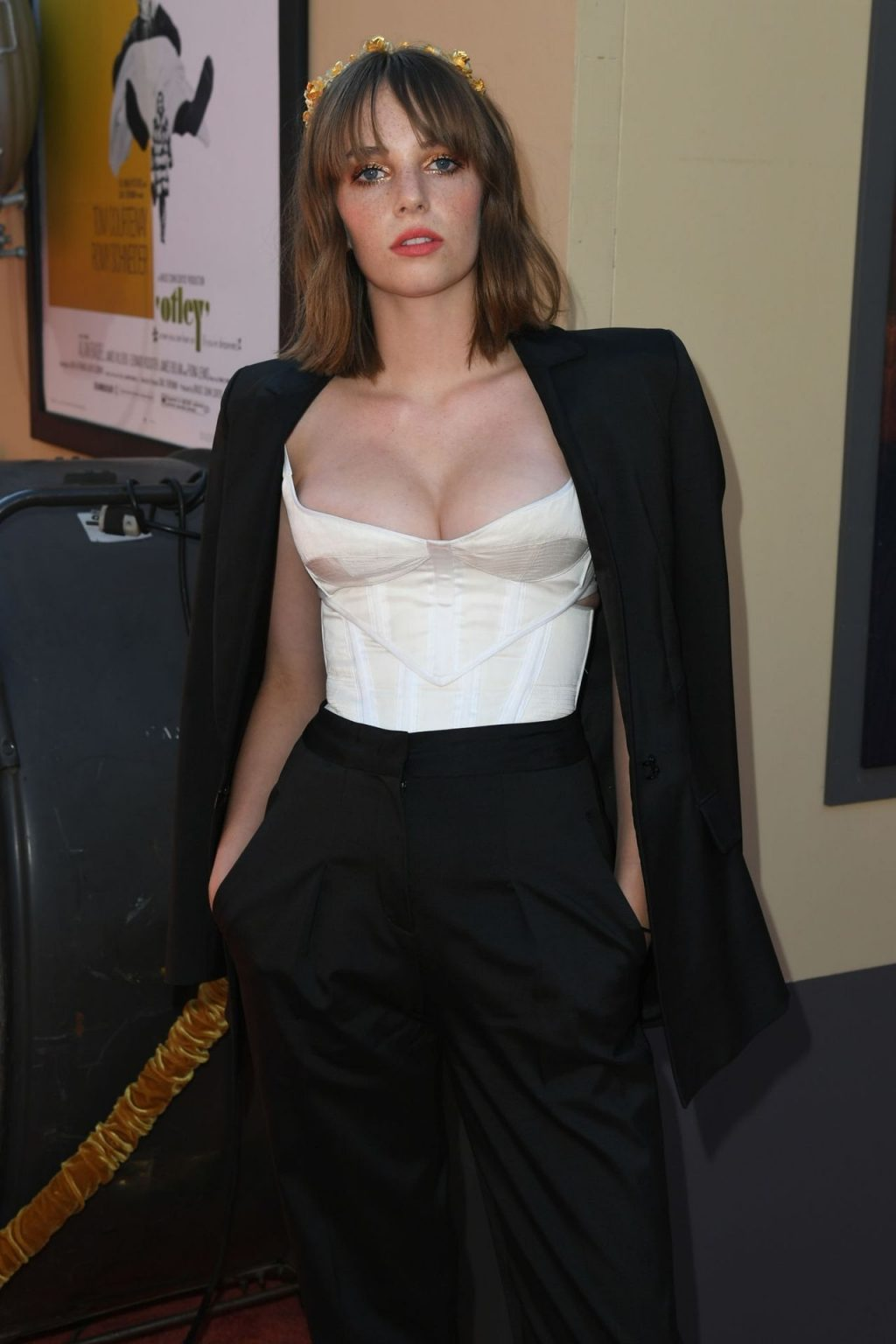 Maya Hawke Sexy (47 Photos)