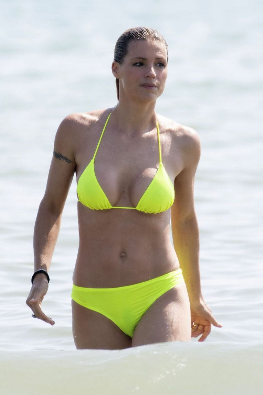 Michelle Hunziker Areola Peek & Sexy (12 Photos)
