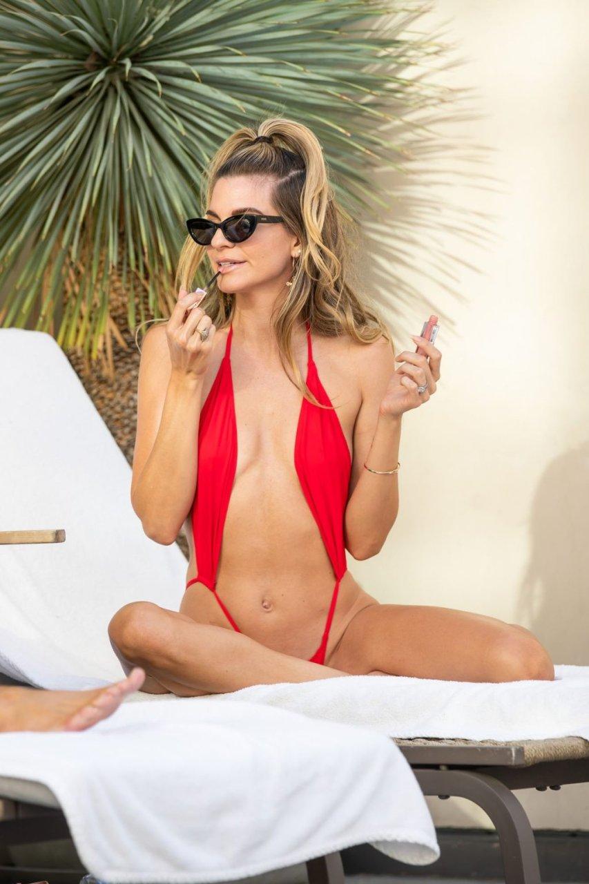 Rachel McCord, Christy Powers Sexy (46 Photos)