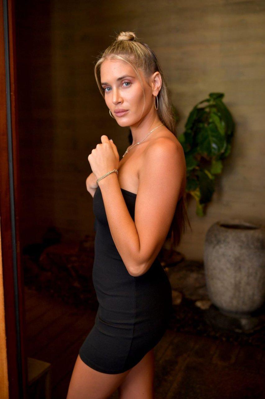 Sofia Richie, Charlotte McKinney, Pia Mia Sexy (32 Photos)