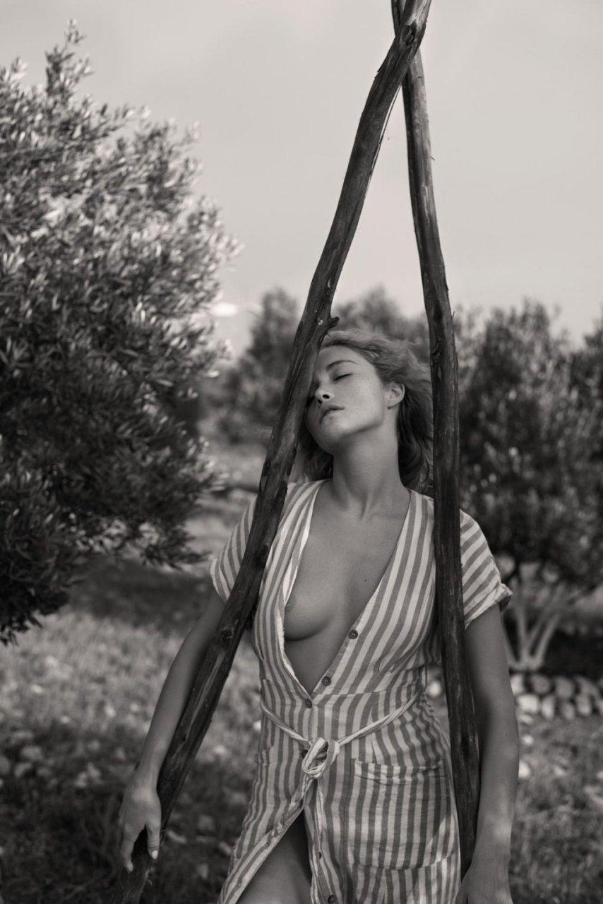 Viktoria Yarova Nude (10 Photos)