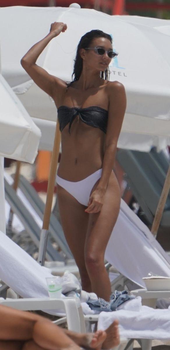 Whitney Fransway Sexy (13 Photos)