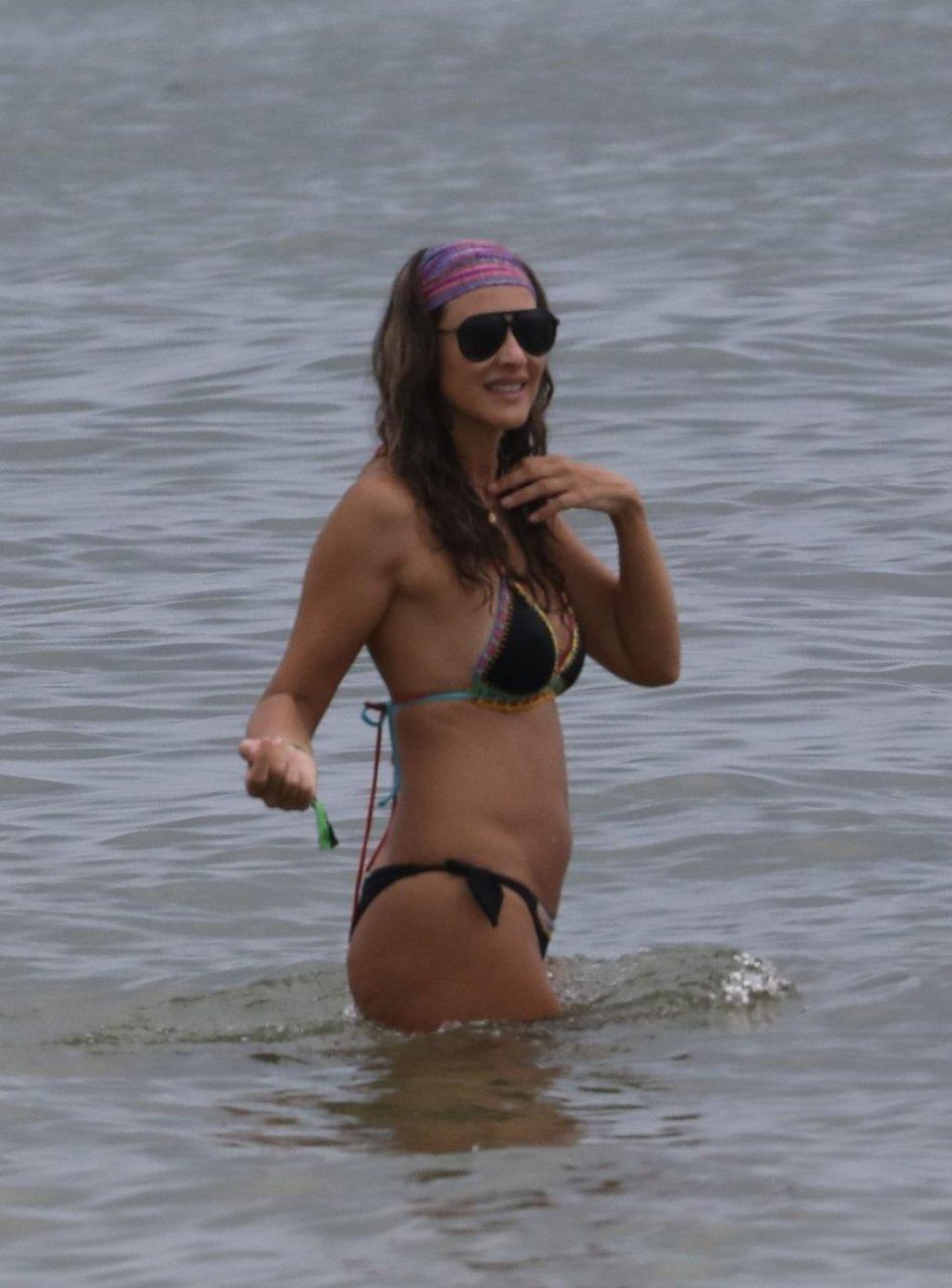 Angélica Castro Sexy (33 Photos)