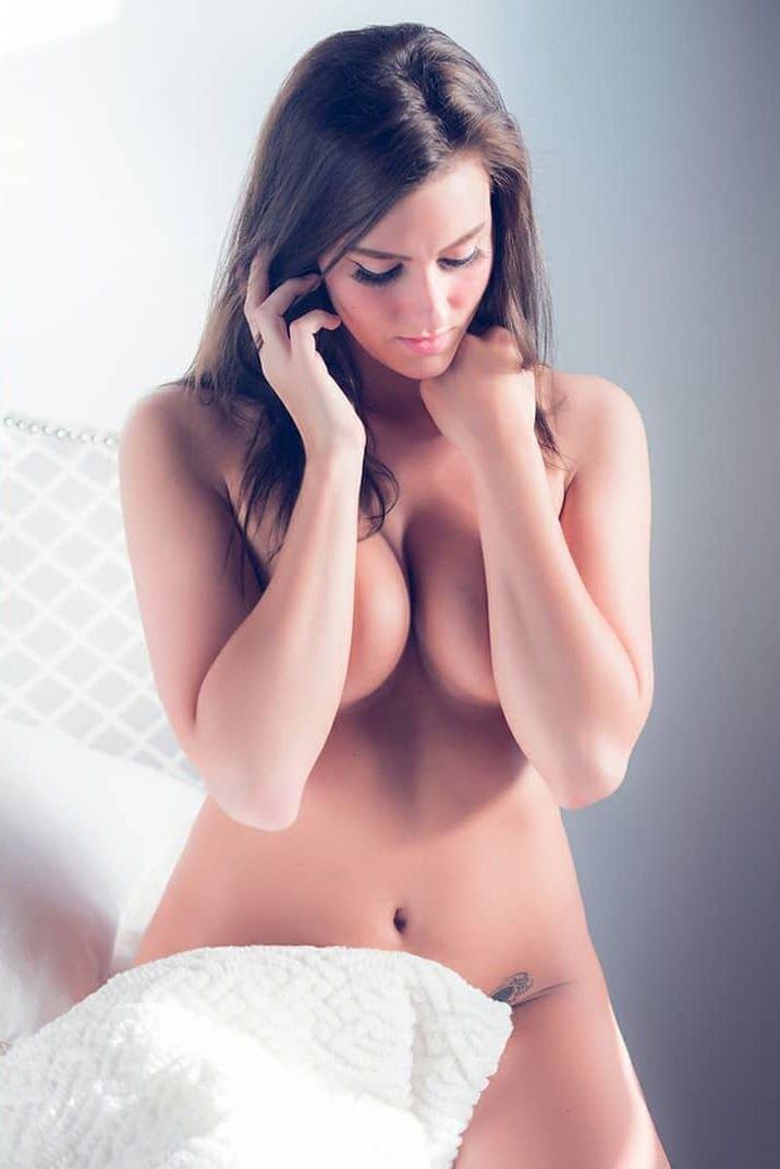 Ashtyn Joslyn Nude & Sexy (81 Photos + Video)