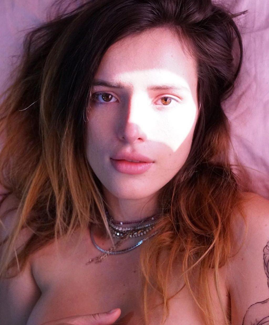 Bella Thorne Nude & Sexy (11 Photos + Video)