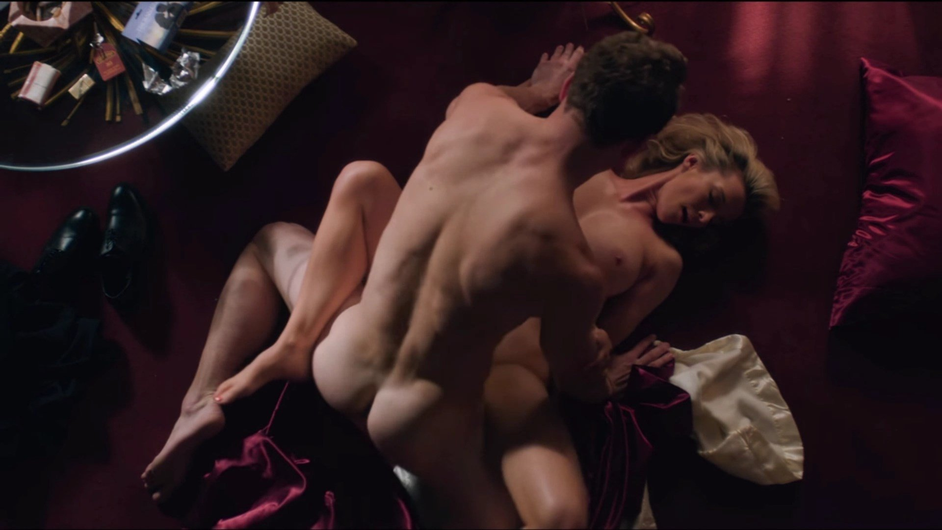 Betty Gilpin Nude Photos And Videos Thefappening