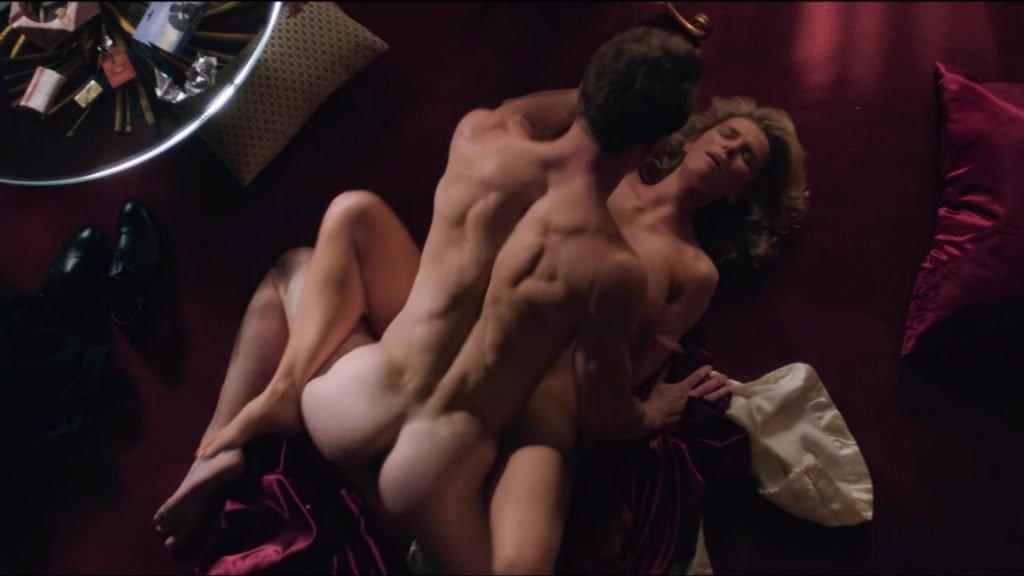 Betty Gilpin Nude – GLOW (4 Pics + GIF & Video)