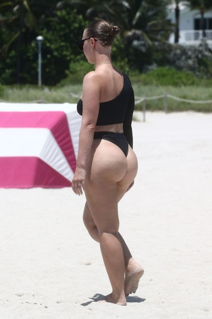 Bianca Elouise Sexy (34 New Photos)