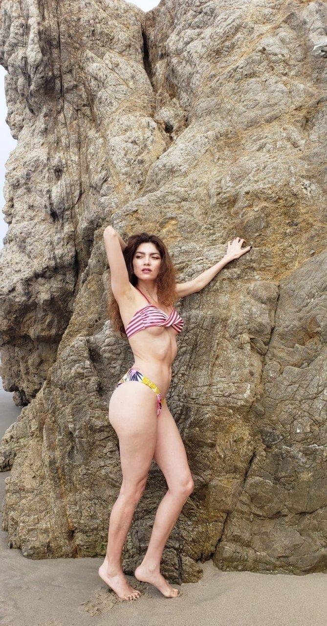 Blanca Blanco (30 Sexy Photos)