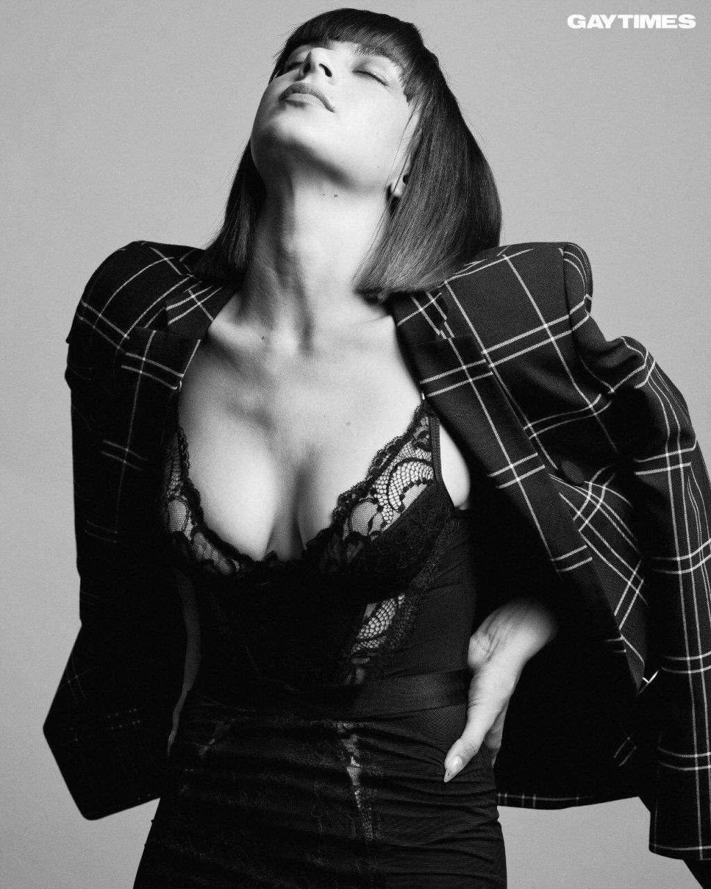 Charli XCX Sexy (6 Photos)