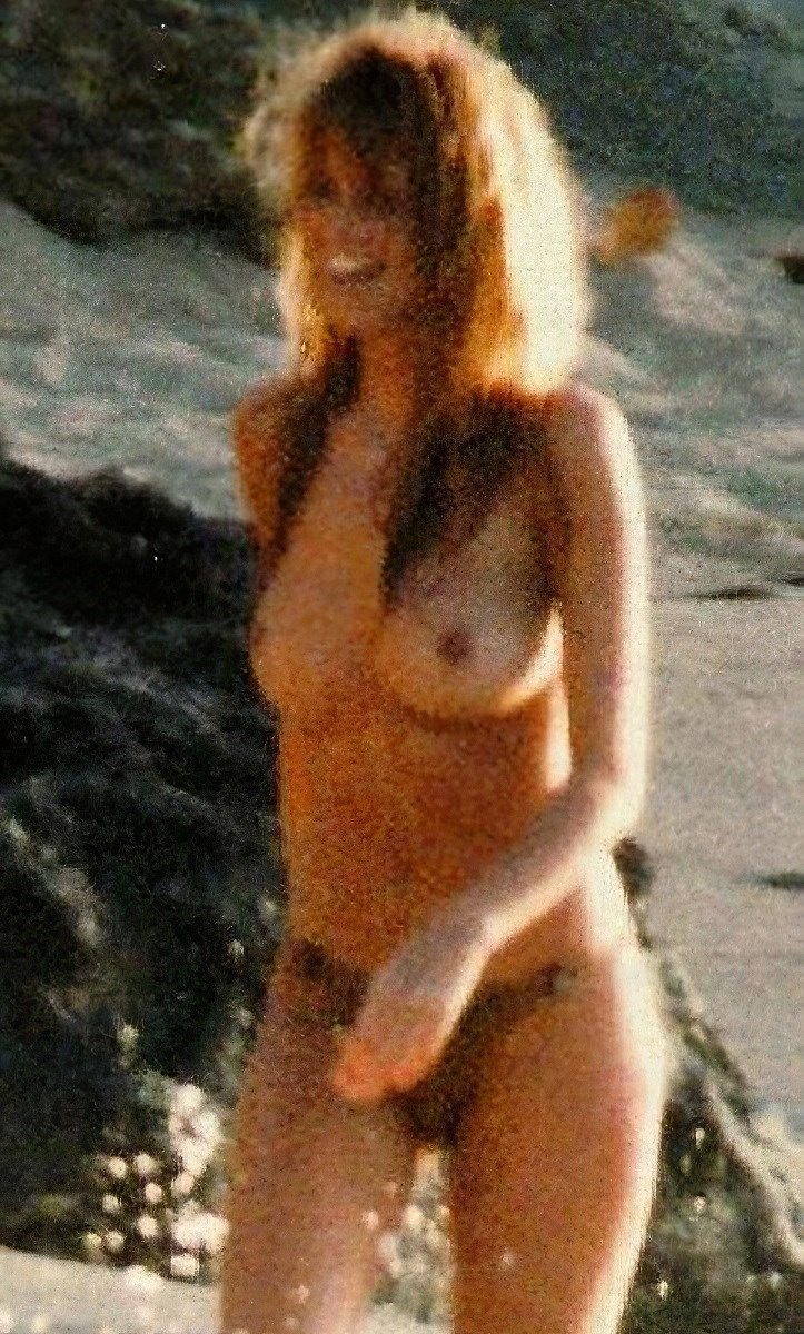 Claudia Schiffer Sex Tape claudia schiffer nude ultimate collection (80 photos