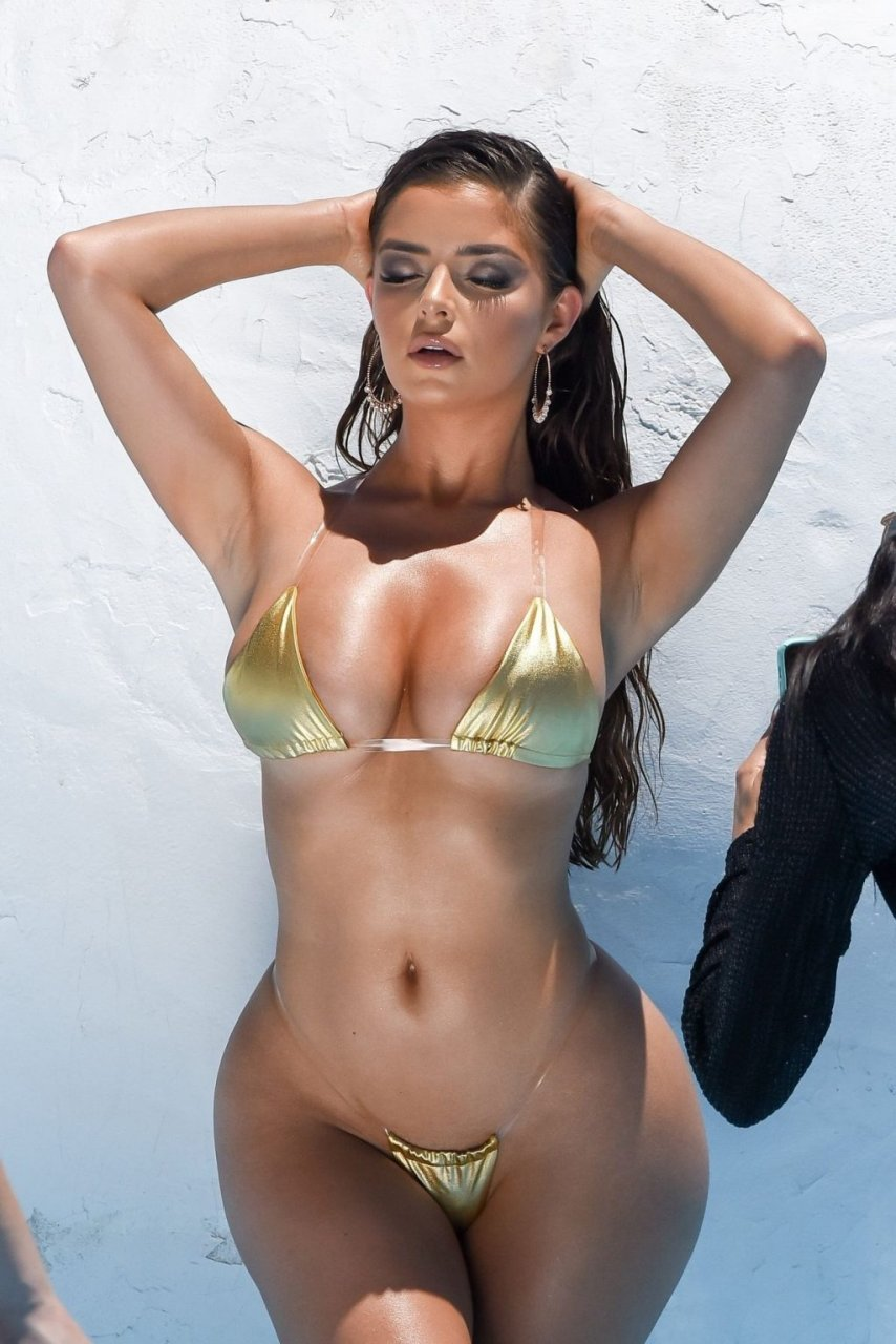 Demi Rose Hot (12 Photos)