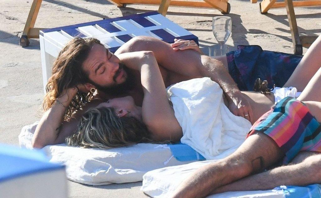Heidi Klum Sexy & Topless (51 Photos)