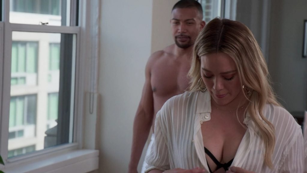 Hilary Duff Sexy – Younger (13 Pics + GIFs & Video)