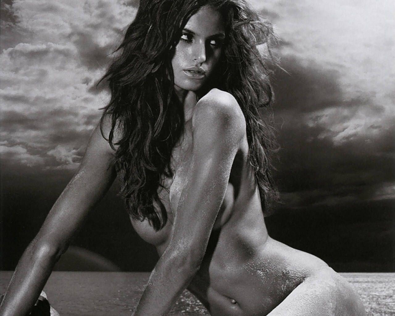 Izabel goulart nude nude celebrity photos