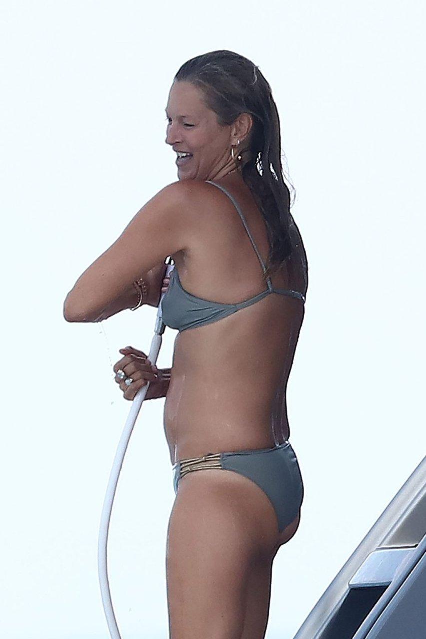 Kate Moss Sexy (58 Photos)