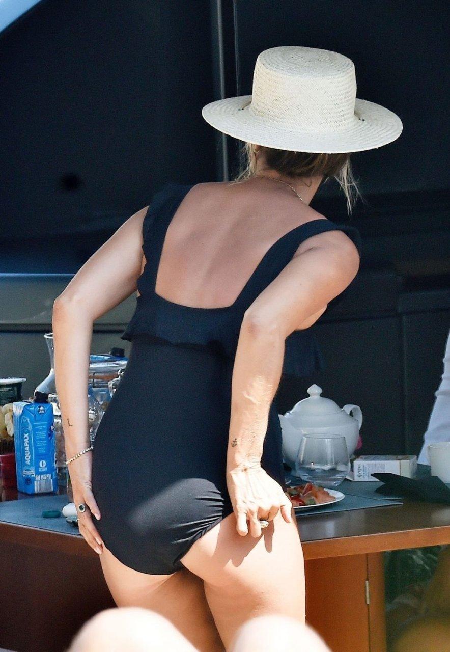 Kate Moss Sexy (43 Photos)