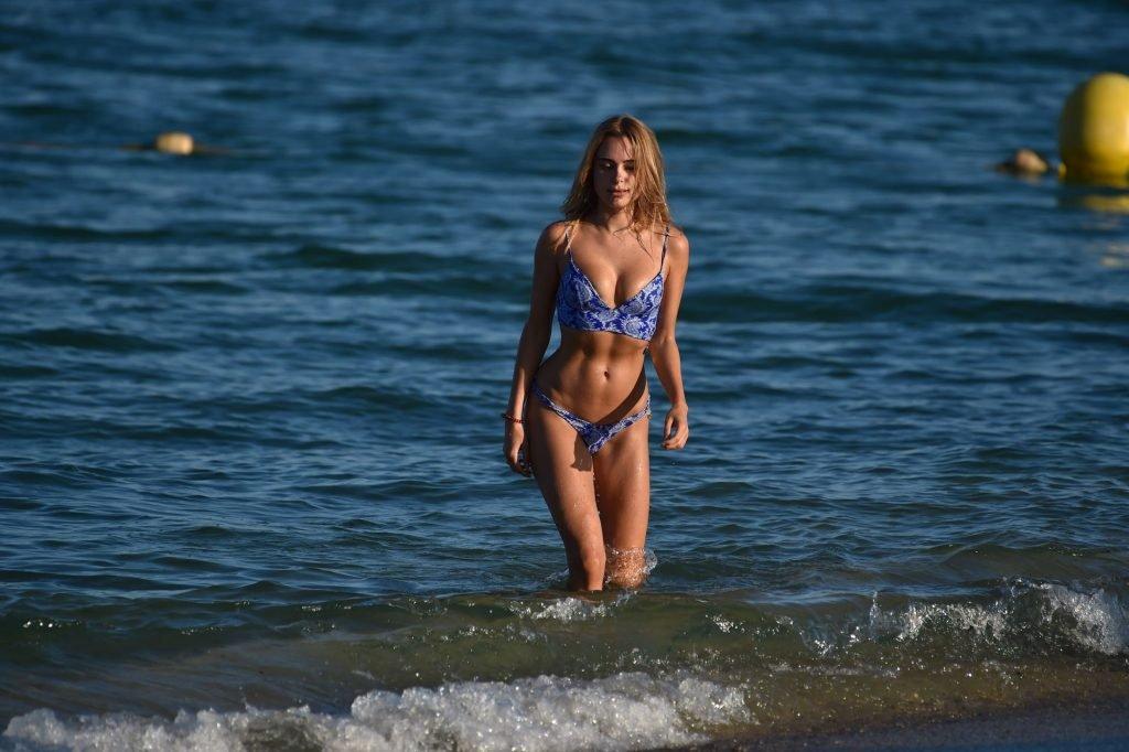 Kimberley Garner (28 Sexy Photos)