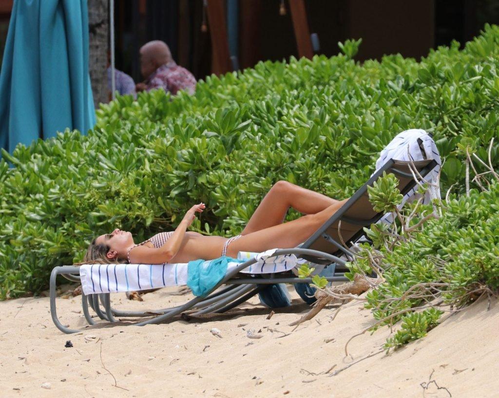 Lea Michele Sexy (29 Photos)