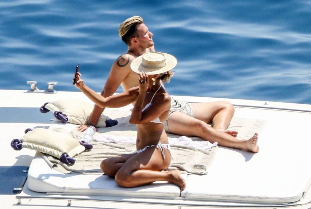 Leona Lewis Sexy (63 Photos)