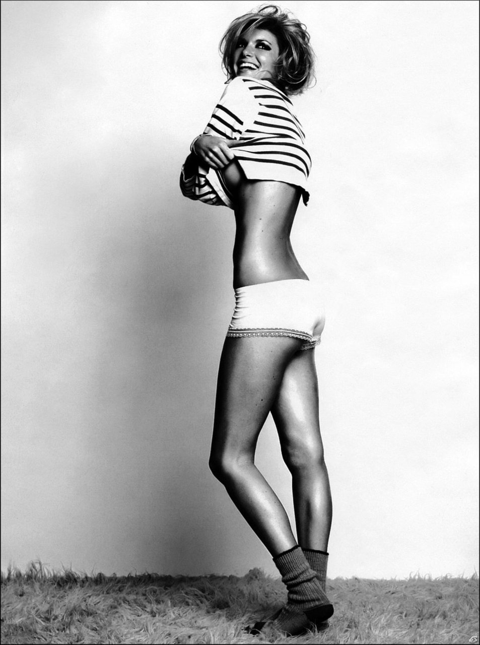Marisa-Miller-Nude-TheFappeningBlog.com-36.jpg