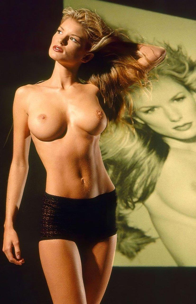 Marisa-Miller-Nude-TheFappeningBlog.com-40.jpg