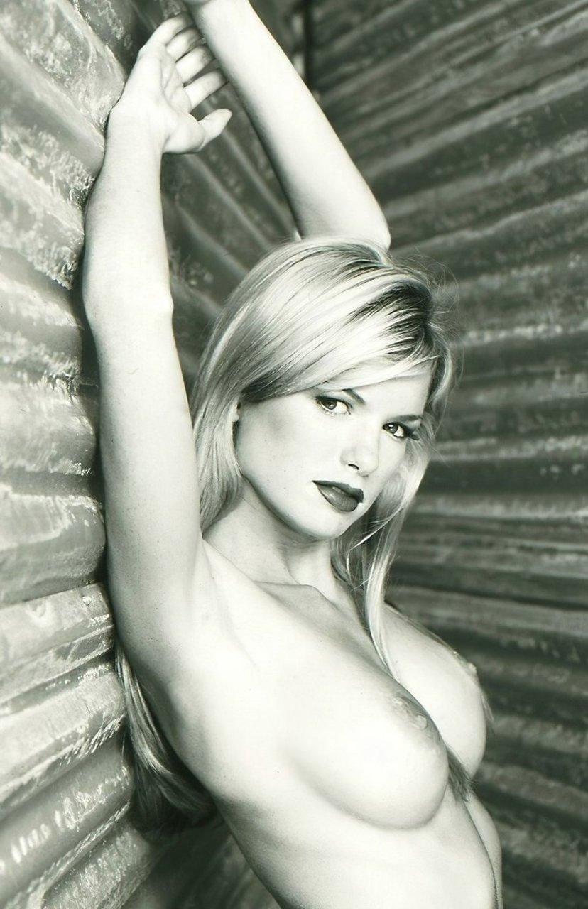 Marisa-Miller-Nude-TheFappeningBlog.com-49.jpg