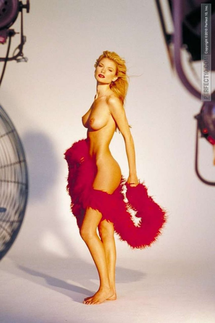 Marisa Miller Nude Ultimate Collection (69 Photos)