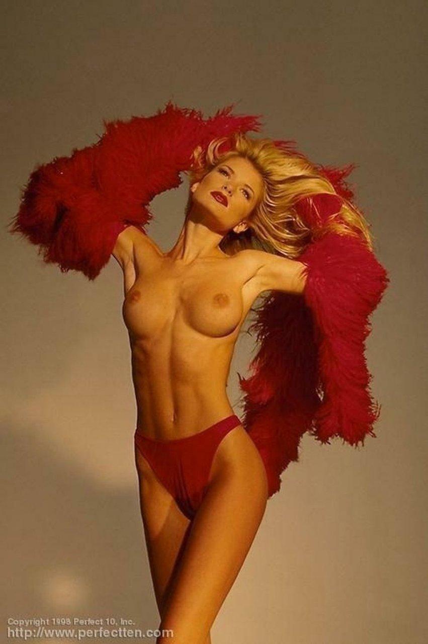 Marisa-Miller-Nude-TheFappeningBlog.com-65-1024x1541.jpg