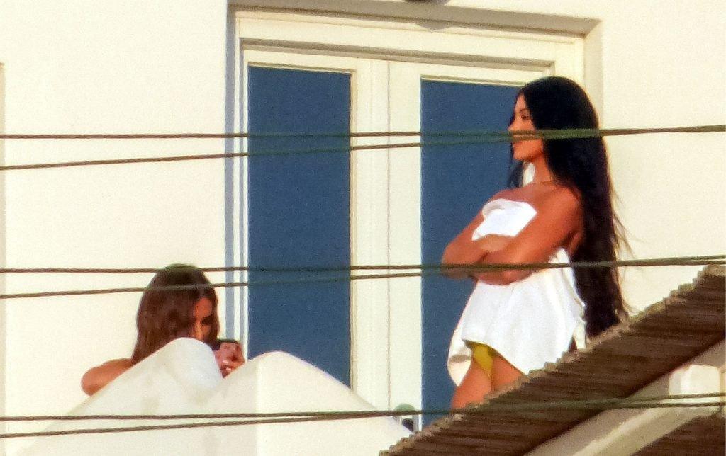 Martha Kalifatidis Sexy & Topless (32 Photos)