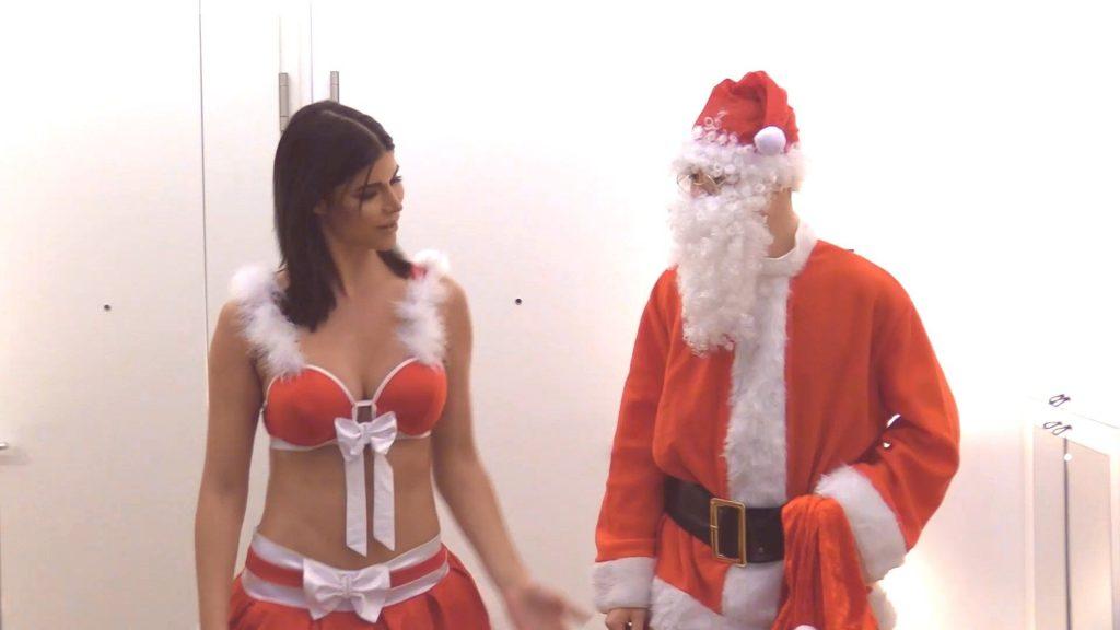 Micaela Schäfer Nude – Rute Raus, Santa Klaus (10 Pics + GIFs & Video)