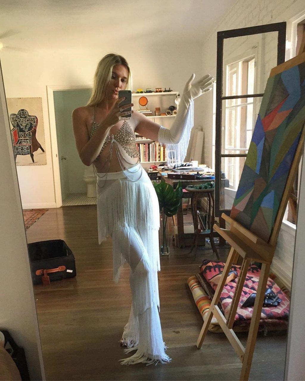 Natalie Bergman See Through (15 Photos)