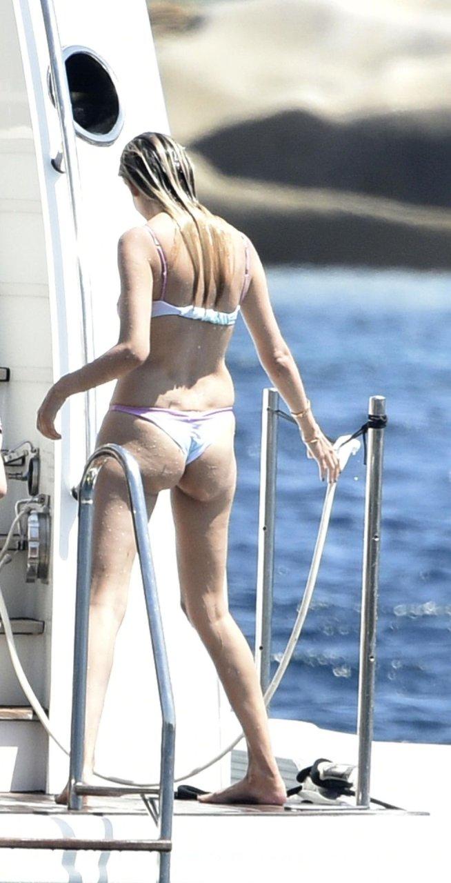 Natasha Poly Hot (36 Photos)